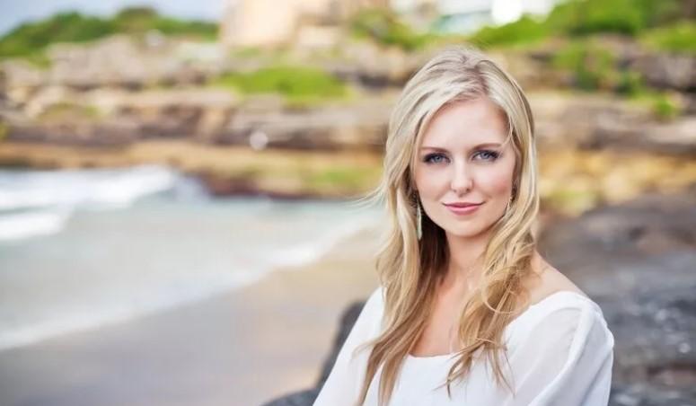 Australian Woman