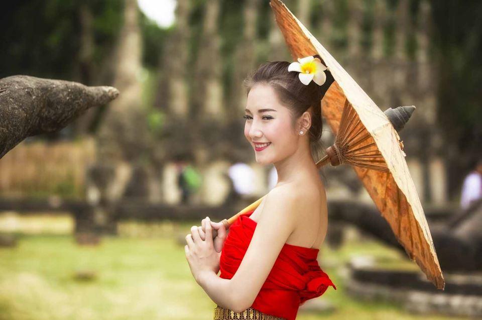 Laotian brides3